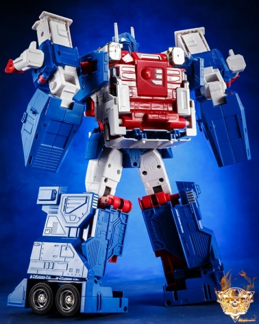 Toy House Factory Transformers THF-04 Hyper Magnum